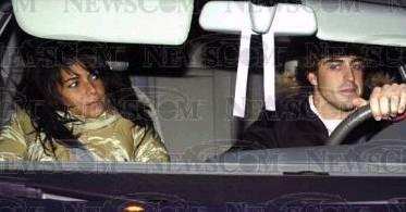El campeón del mundo de Fórmula 1, Fernando Alonso, de visita en Gran Canaria para conocer el hogar de su novia