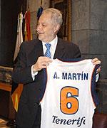 Tibias declaraciones de Adán Martín al rechazar el cambio de nombre de Gran Canaria