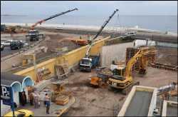 El Ayuntamiento empieza a construir un túnel para tirar el scalextric en cuatro meses