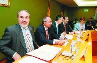 El Estatut autorizado por el Gobierno del PSOE amenaza la solidaridad interregional y los ingresos canarios