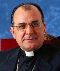 El periódico radical tinerfeño <i>El Día</i> ataca al nuevo Obispo de Canarias, monseñor Francisco Cases
