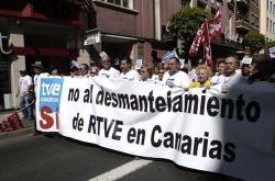 Más de 3.000 canarios marchan en Gran Canaria  contra el desmantelamiento de RTVE en Canarias