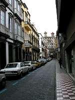 La peatonalización de calles en zonas comerciales aumenta el número de clientes y eleva el precio de los inmuebles