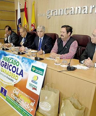El Cabildo de Gran Canaria pretende abrir mercados agrícolas en el Faro de Maspalomas y en el Sureste a partir de enero