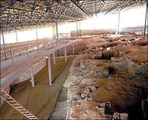 El Cabildo grancanario inicia la excavación de dos nuevas estructuras en Cueva Pintada de Gáldar