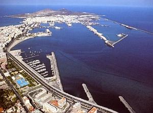 Las Palmas de Gran Canaria se ofrece a Repsol para albergar la base de los sondeos petrolíferos