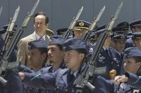 El Ministro Bono defiende la idea de España en su visita a la Base Naval de Canarias