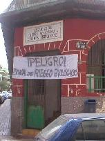 Los vecinos del barrio de Guanarteme protestan por el abandono municipal de la vieja Escuela de Artes y Oficios