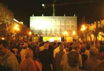 Gran éxito de la concentración para pedir la doble autonomía en Canarias