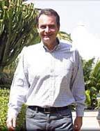 El presidente de la nación, Rodríguez Zapatero, visitó la cumbre de Gran Canaria afectada por los incendios